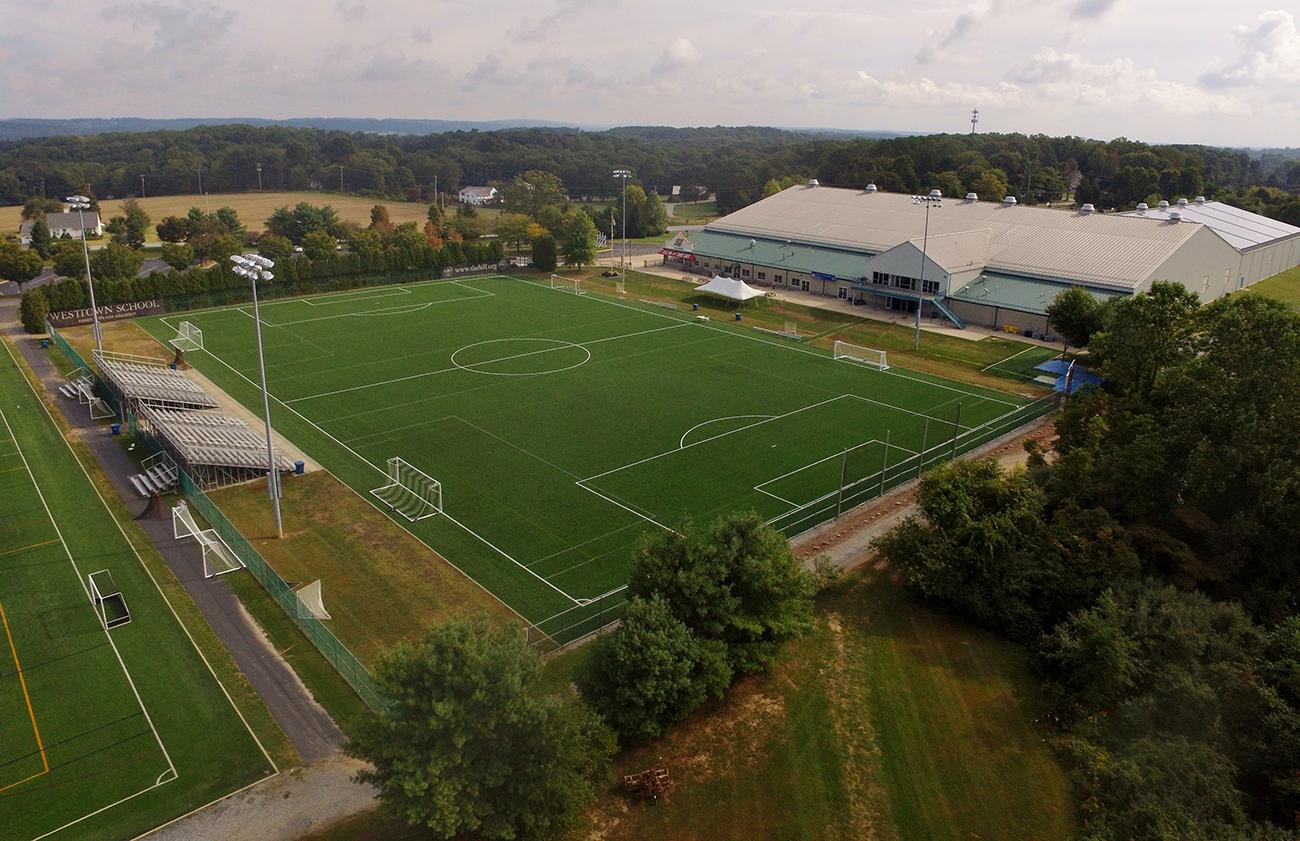 astroturf-soccer-fields-installation
